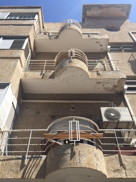 Tel Aviv, City of Balconies