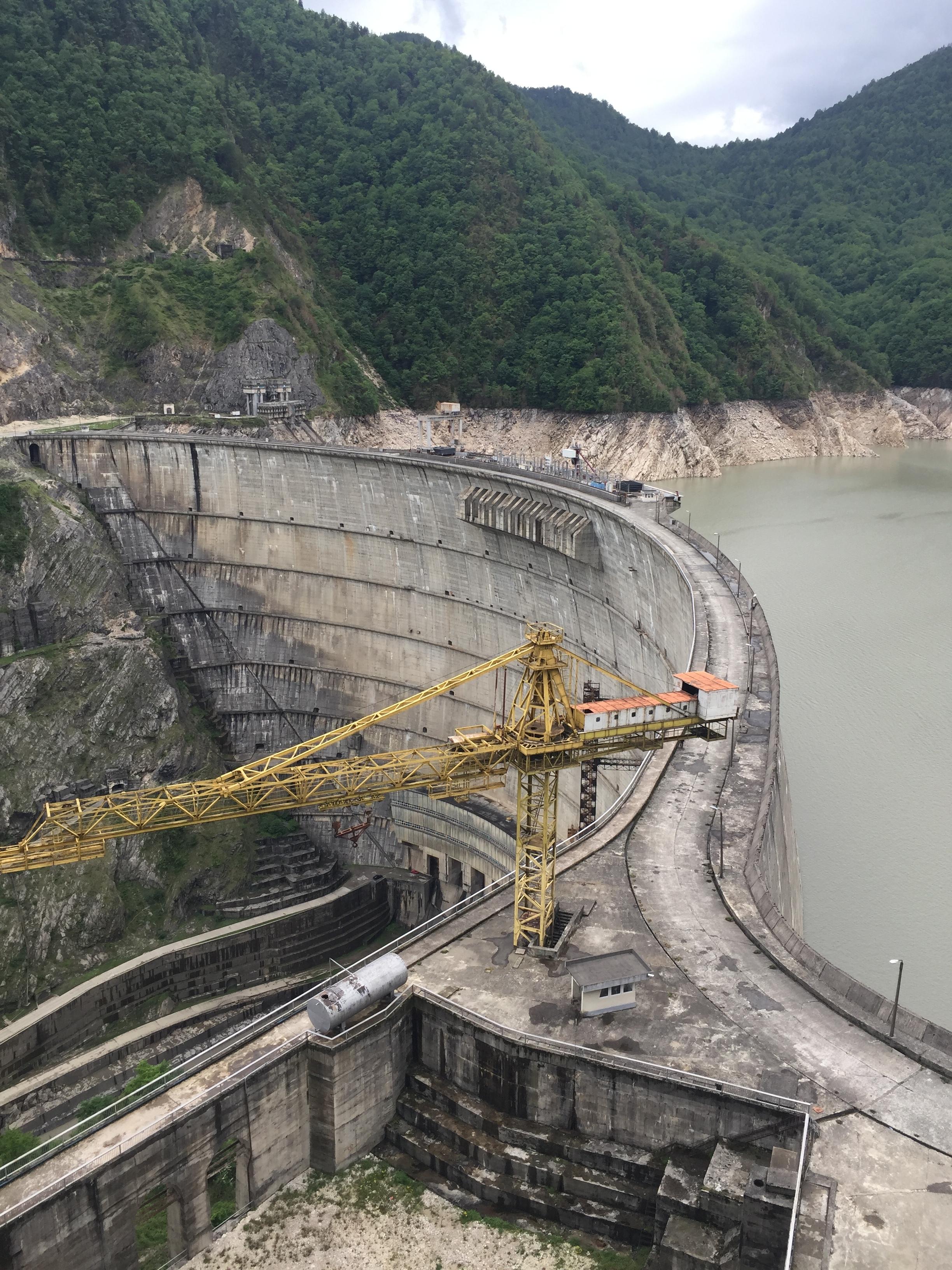 Big ass dam
