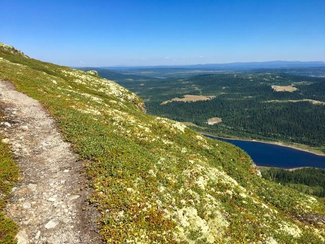 Hiking in Norway Weekly Travel Highlight.JPG
