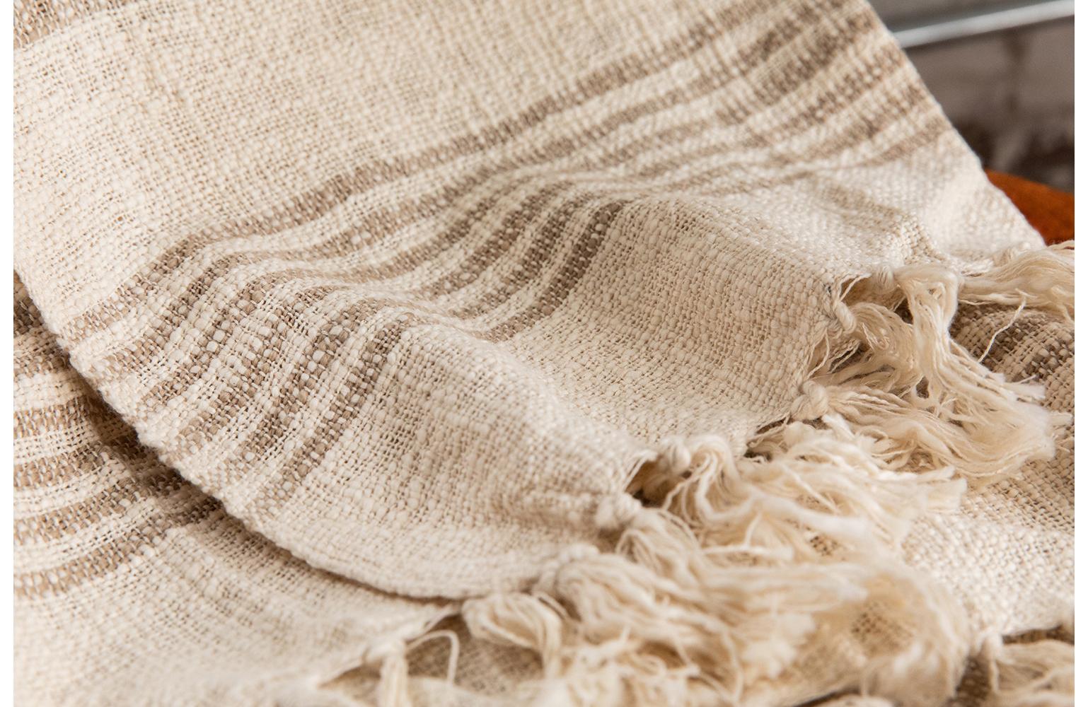 prop-styling-woven-blanket.jpg