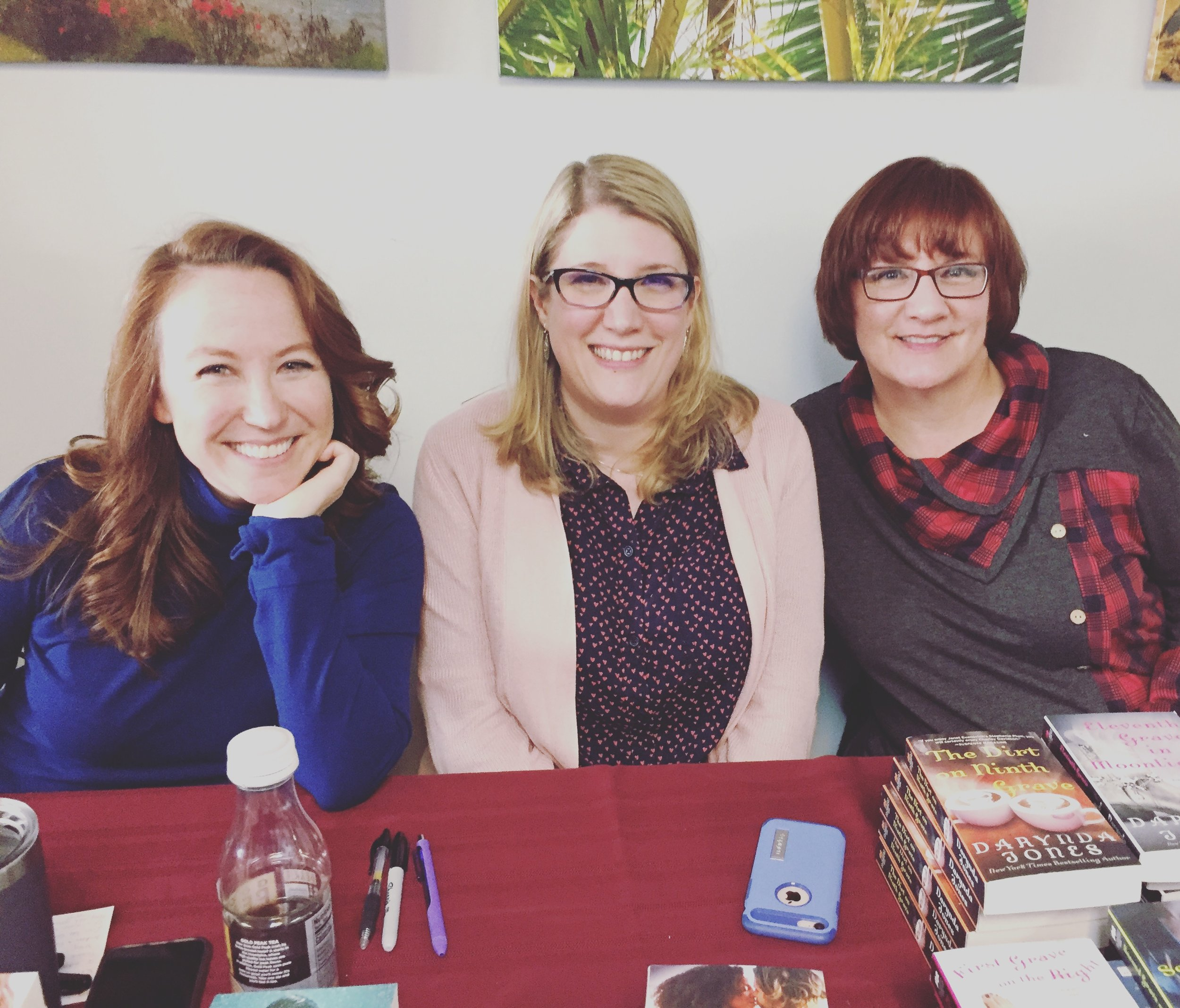 My signing buddies authors Lucy Score and Darynda Jones