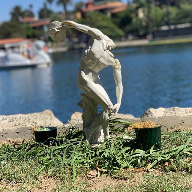 I threw this statue away 6 months ago in the garbage and now it's a shrine by the lake #echopark #surrealism #huguenot #sexsymbol #destroyer #trash