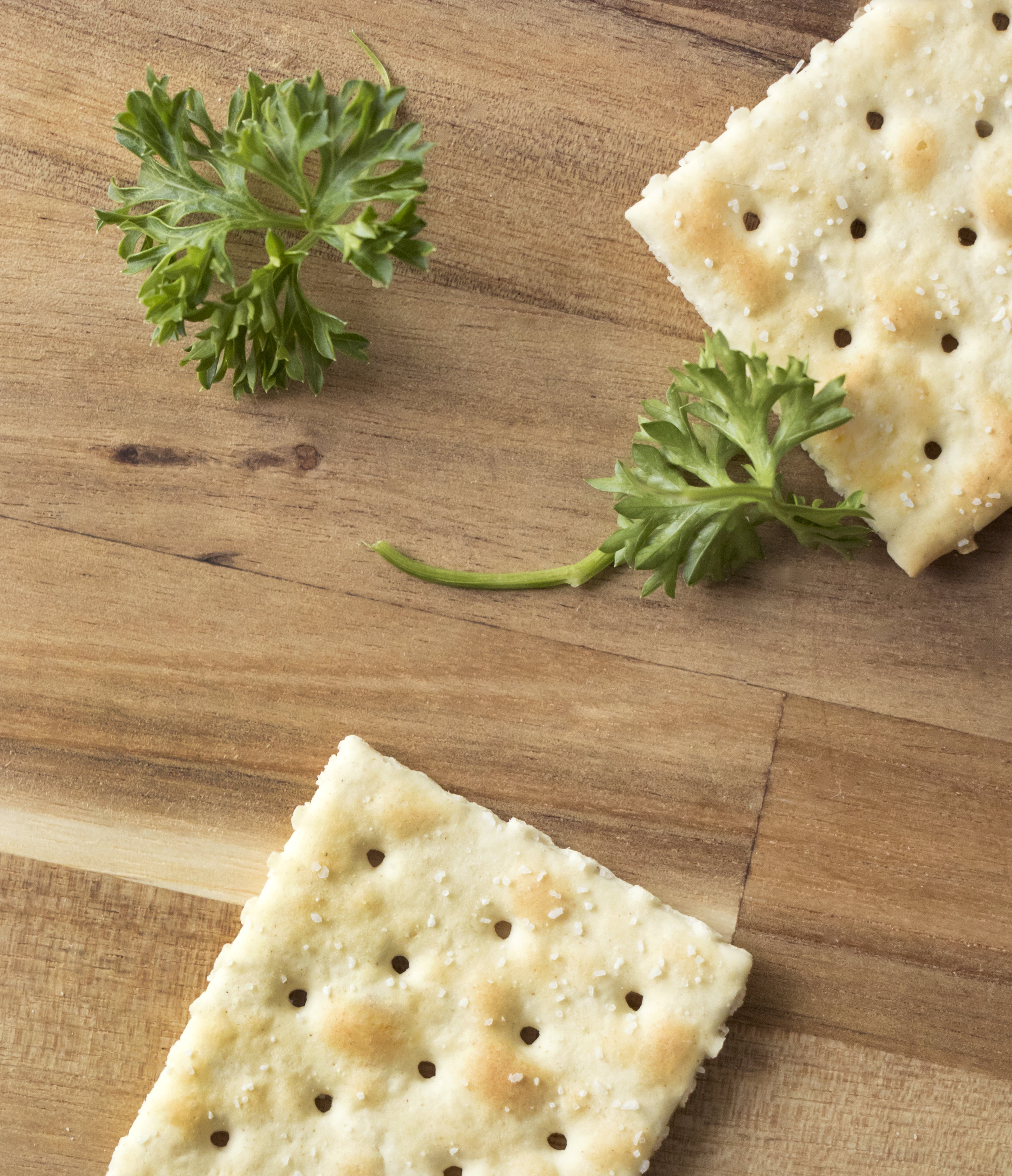 crackers and parsley