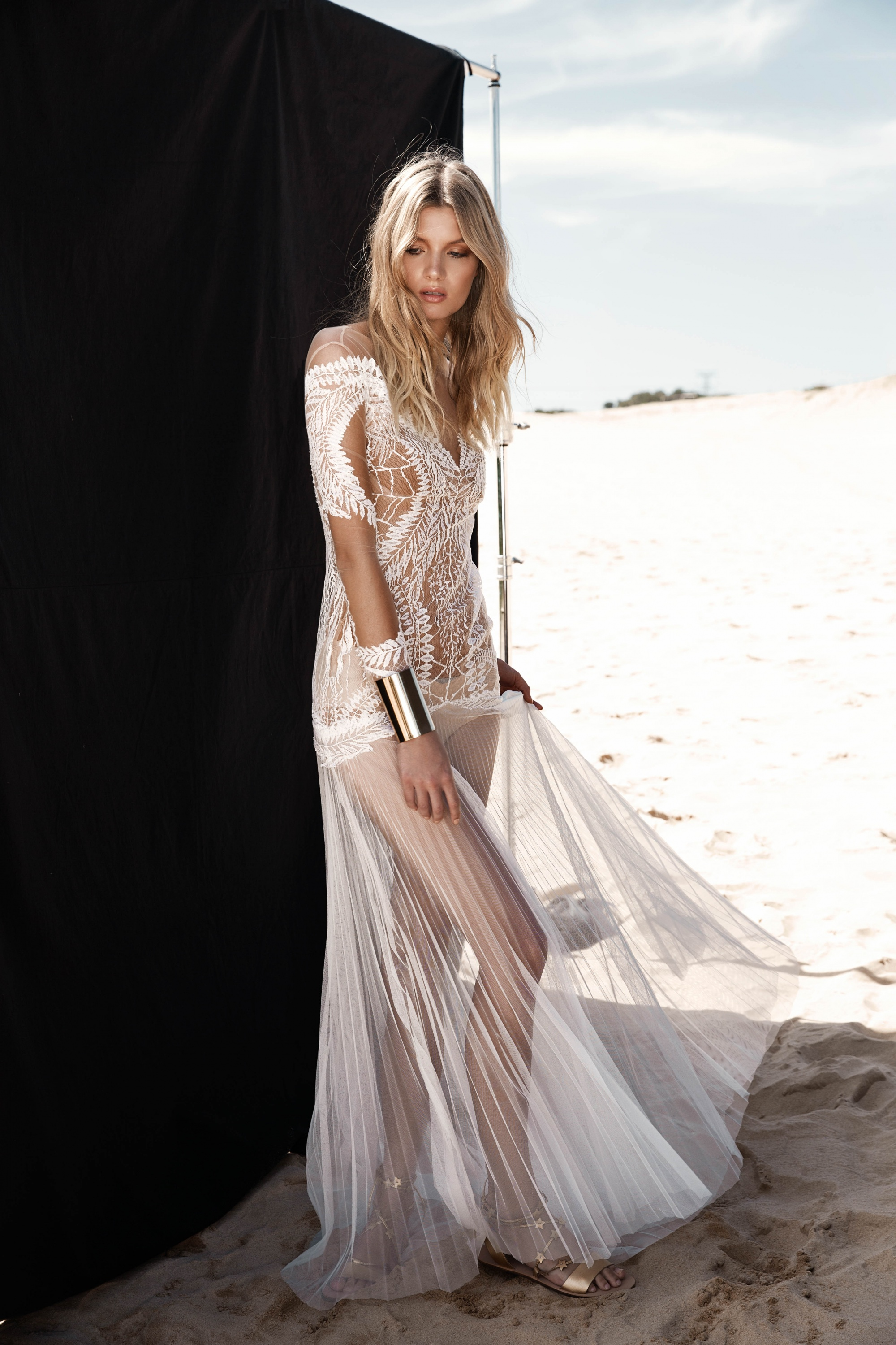 LOVE FIND CO. // ONE DAY BRIDAL 'Blessed Are The Curious' - Eden Gown