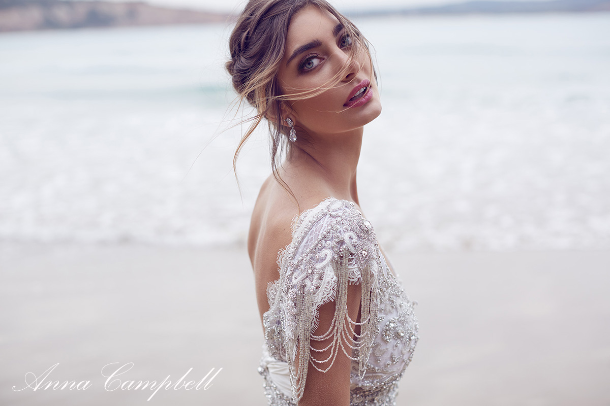 LOVE FIND CO. // Girl Boss with Anna Campbell