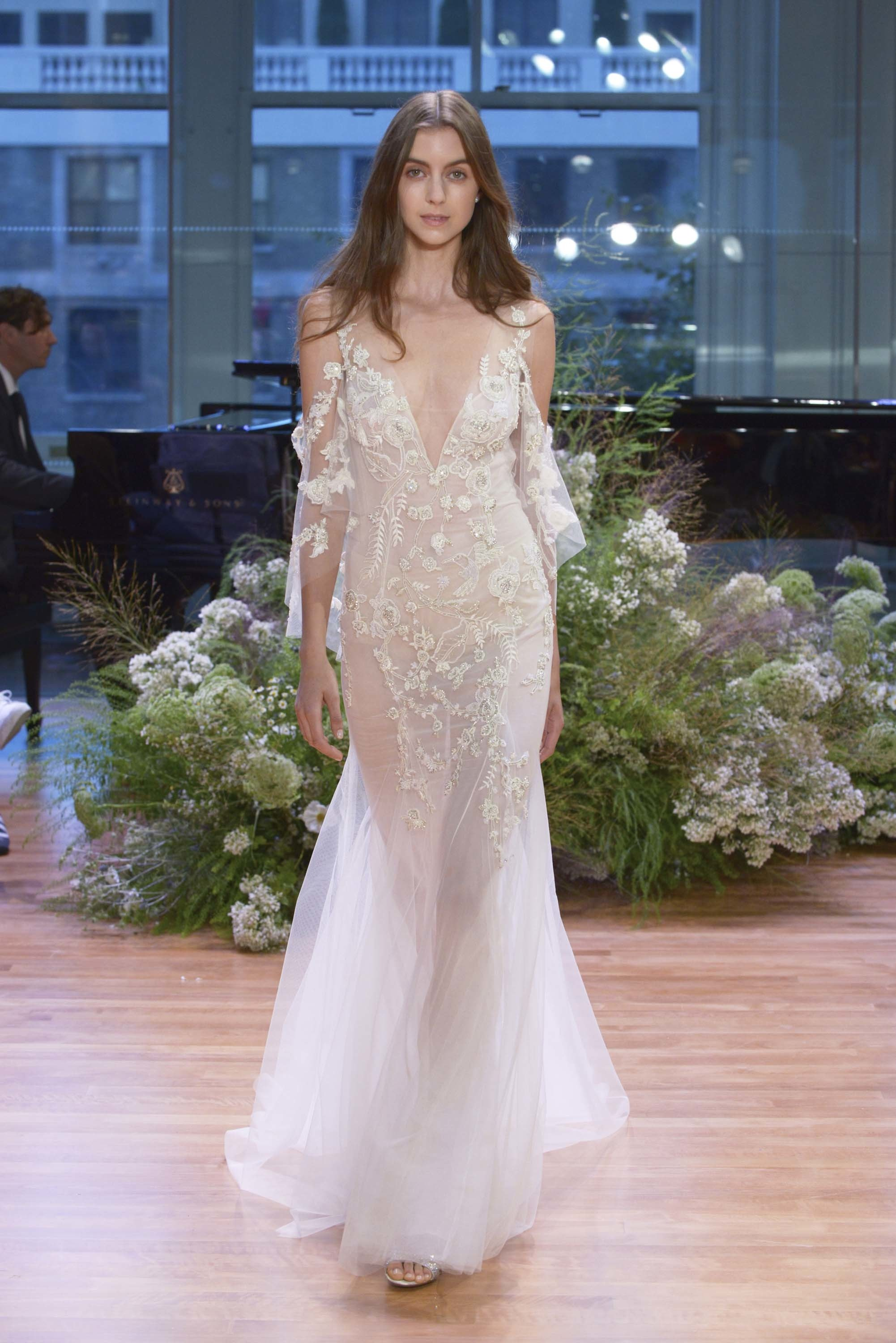 LOVE FIND CO. // The hottest bridal gown trends of 2016 - Marchesa // Follow @lovefindco on Instagram & Pinterest