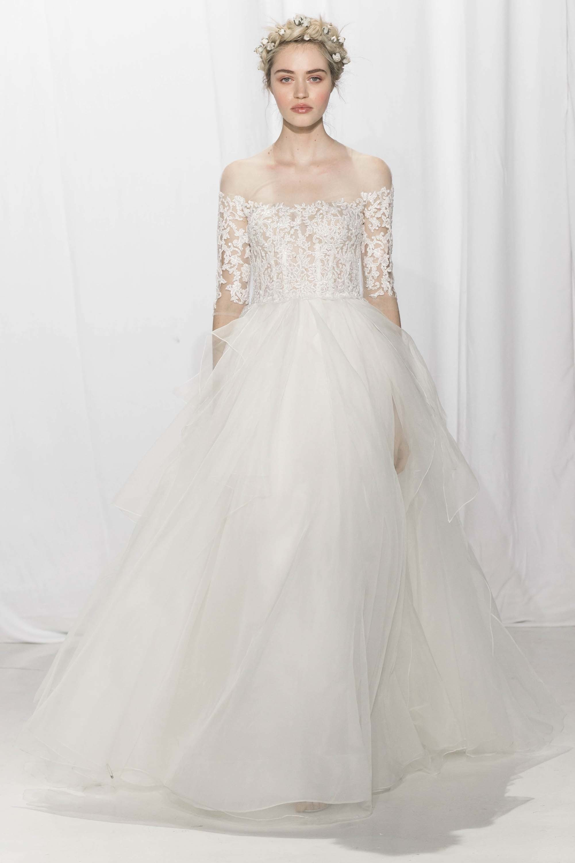 LOVE FIND CO. // The hottest bridal gown trends of 2016 - Reem Acra // Follow @lovefindco on Instagram & Pinterest