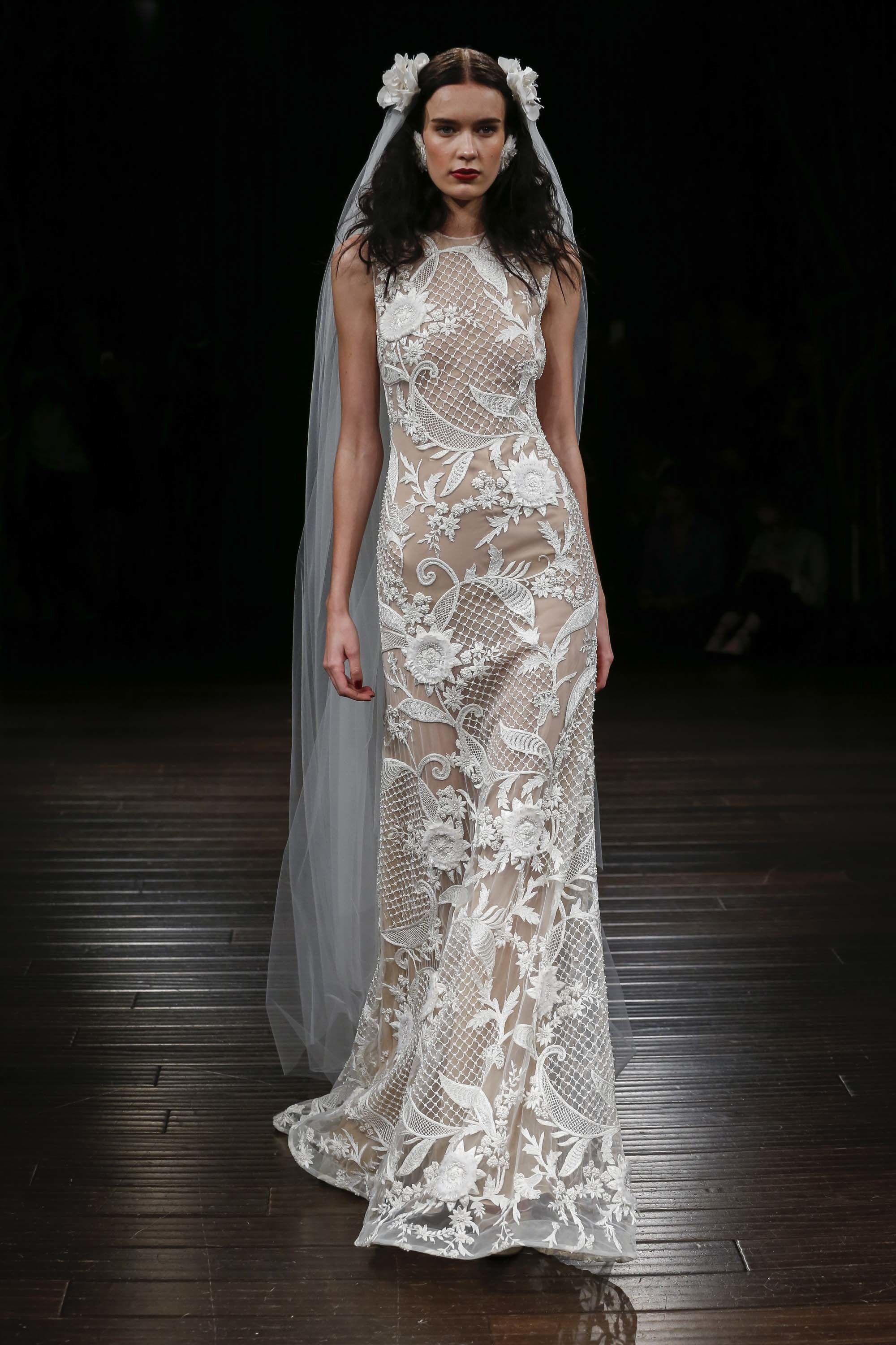 LOVE FIND CO. // The hottest bridal gown trends of 2016 - Naeem Khan // Follow @lovefindco on Instagram & Pinterest