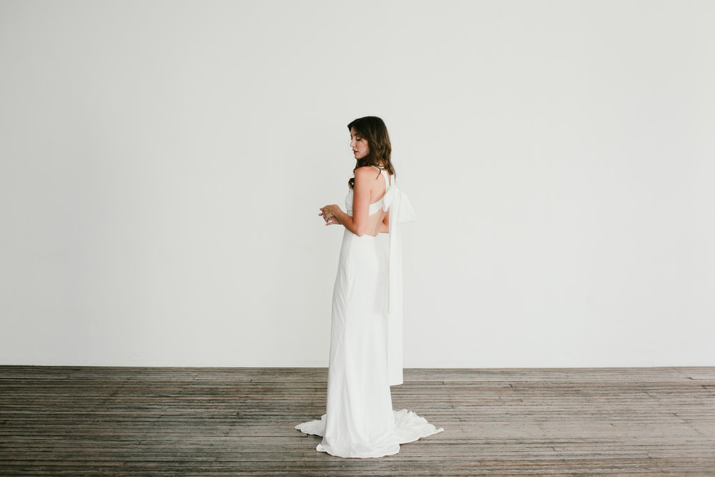 Wedding dress featured on LOVE FIND CO.