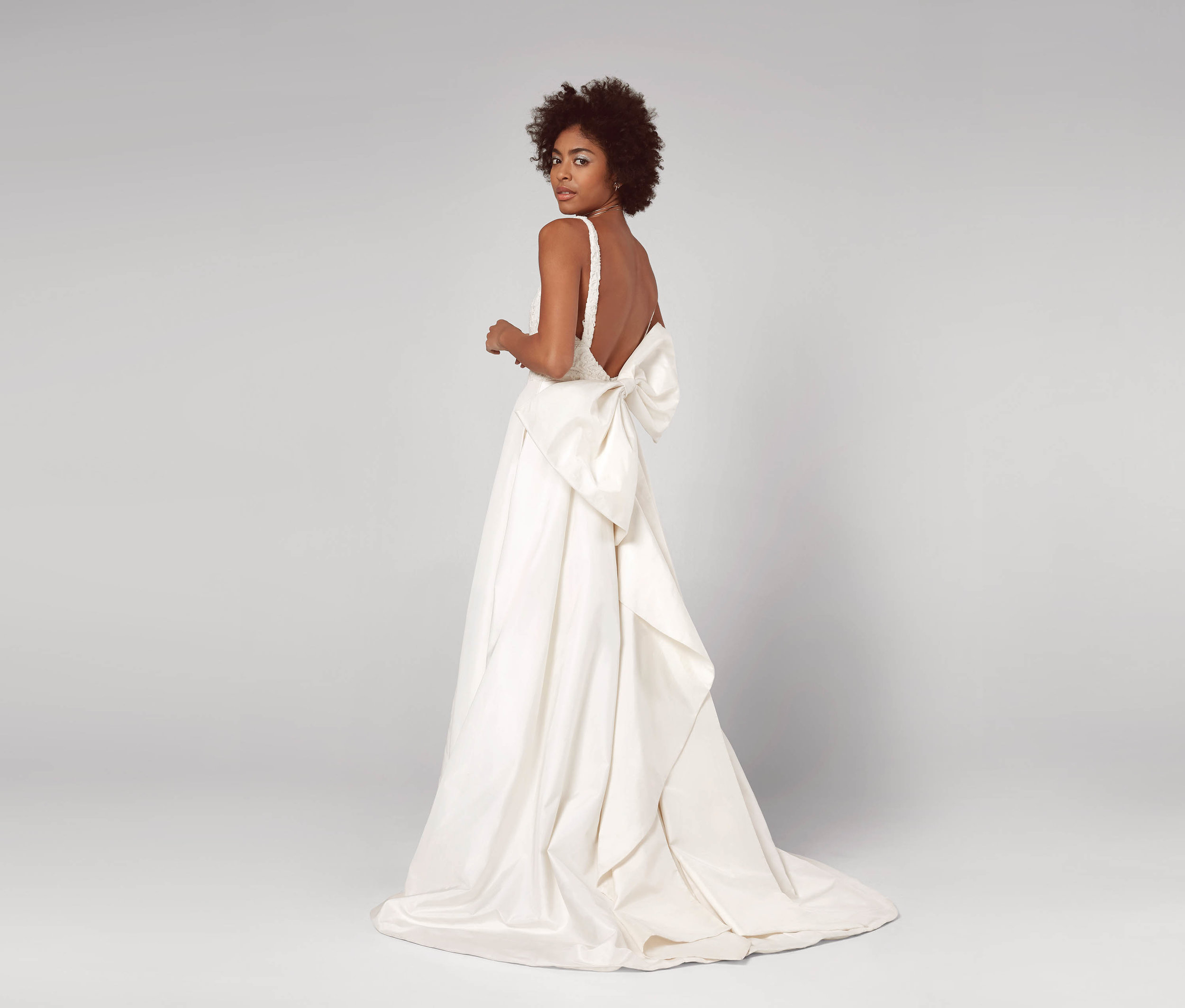 FAME & PARTNERS - The Aurore Gown