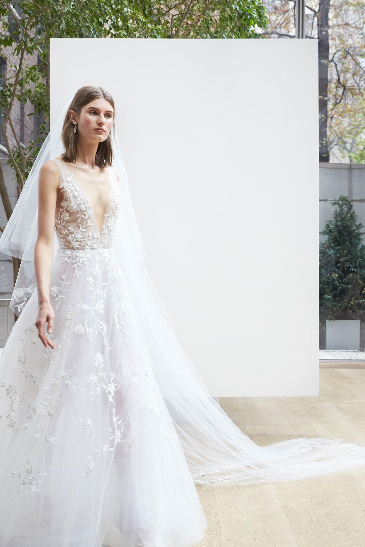 Oscar De La Renta // 2018 Bridal Fashion Week | LOVE FIND CO.