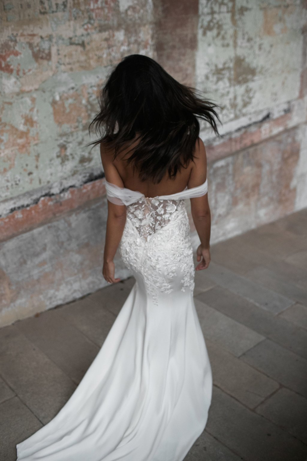 Ivy Wedding Dress by Moira Hughes Couture | Featured on Love Find Co.