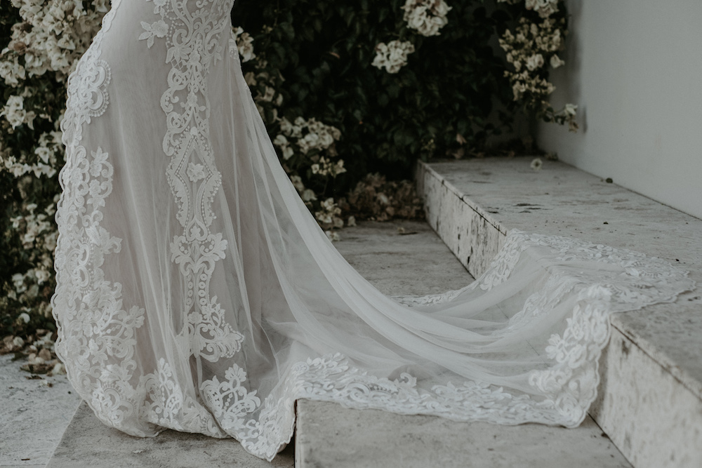 The Mae wedding dress from Jane Hill Bridal | View on LOVE FIND CO.