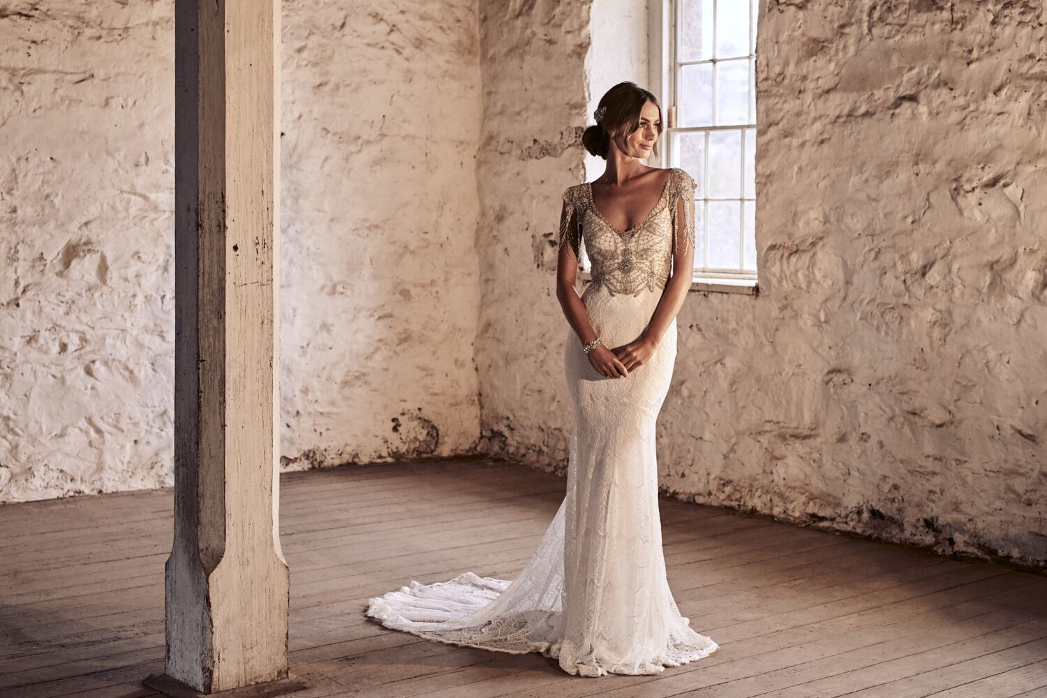 Grace Wedding Dress by Anna Campbell | View on LOVE FIND CO.