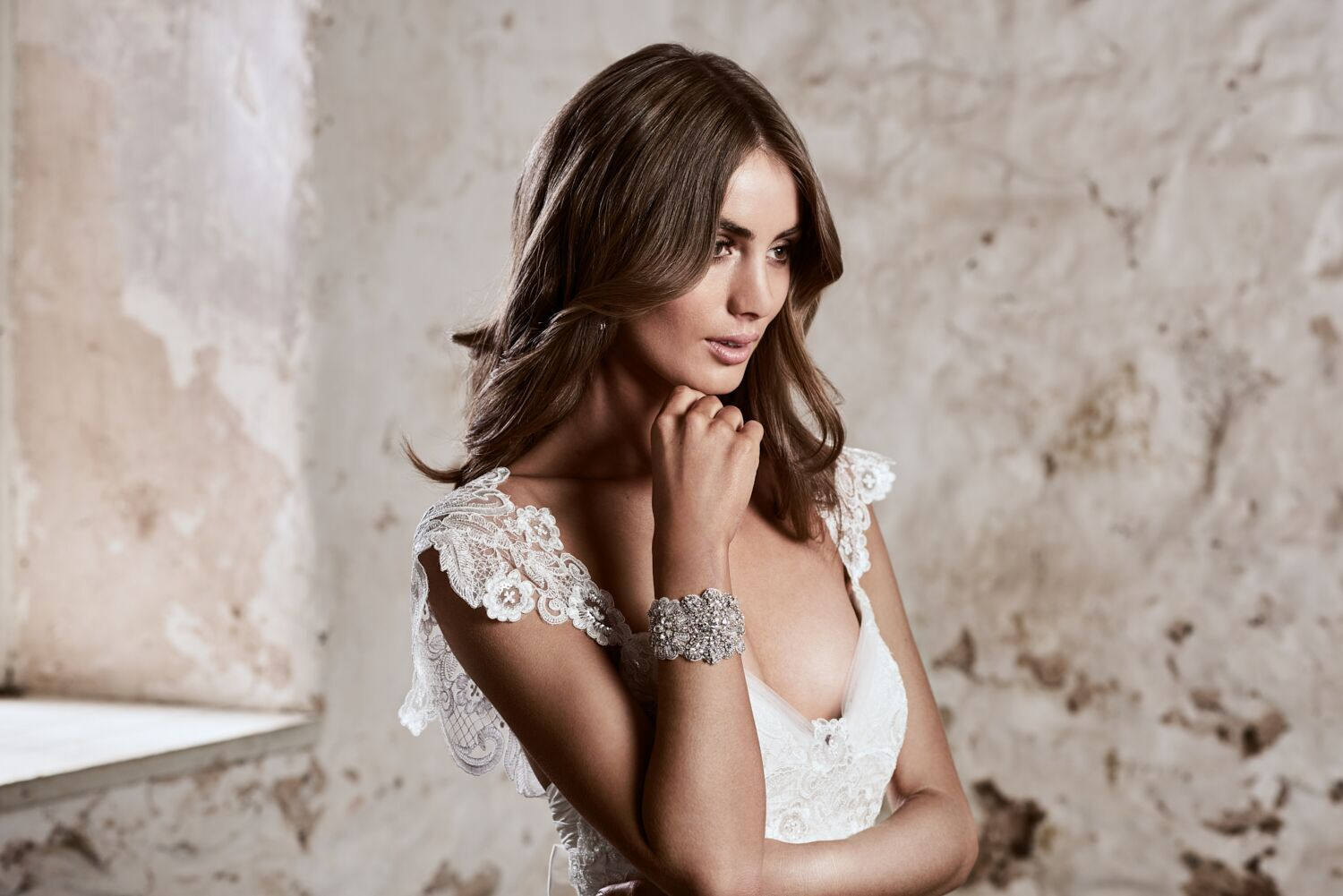 Savannah Wedding Dress by Anna Campbell | View on LOVE FIND CO.