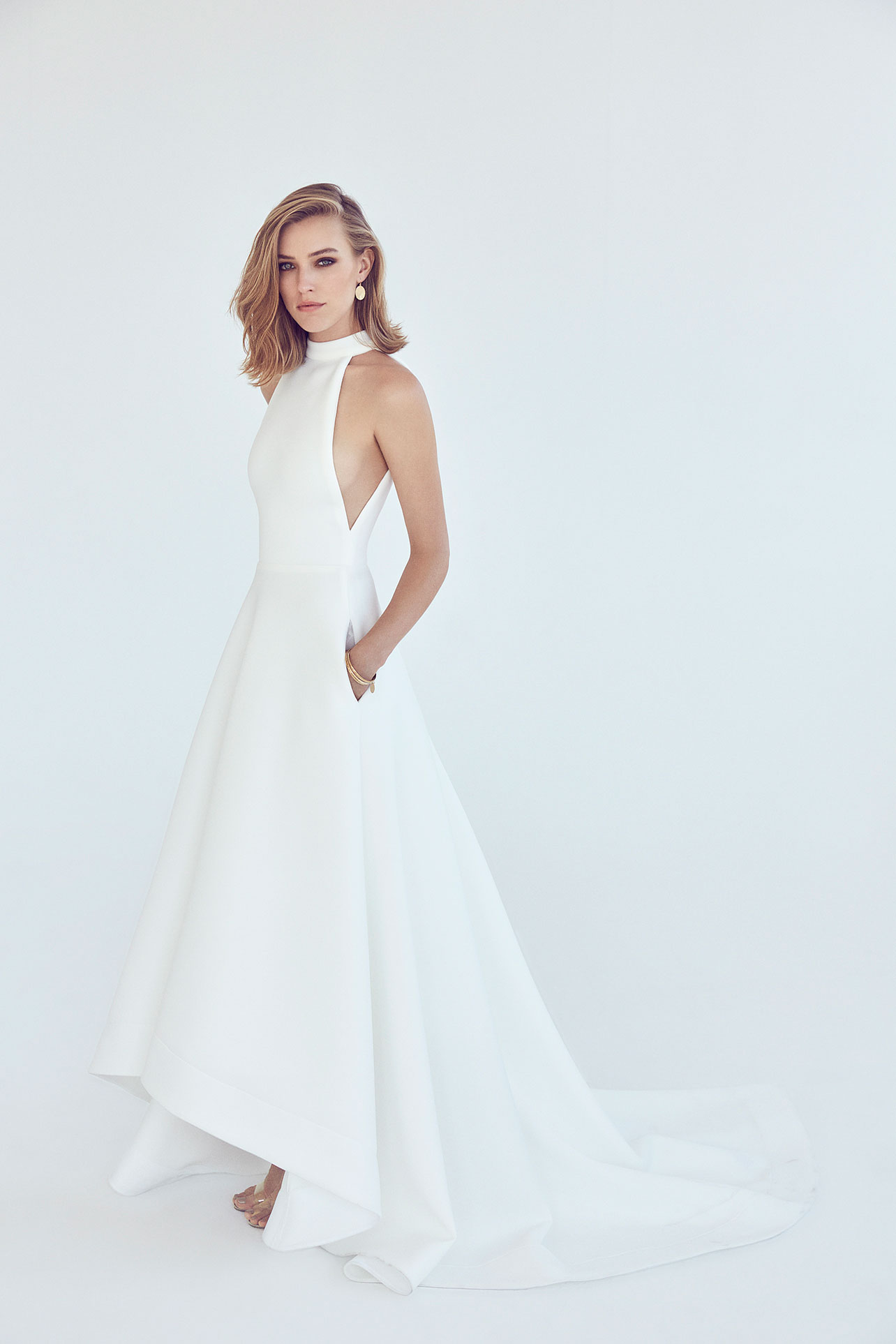 Our Guide To Couture Wedding Dresses - Suzanne Harward featured on LOVE FIND CO.