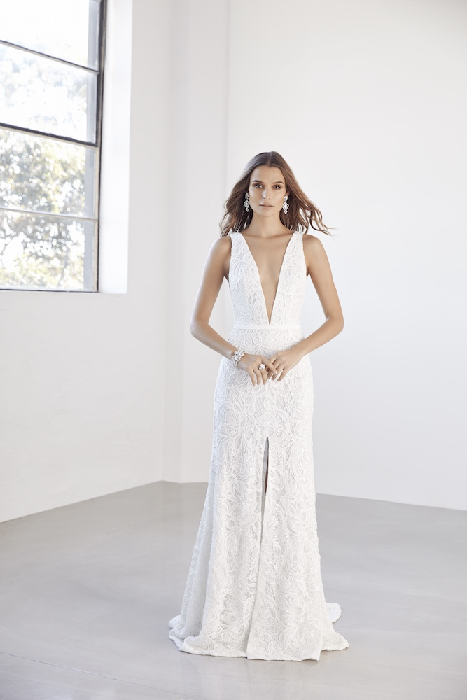Suzanne Harward Electra Wedding Dress as featured on LOVE FIND CO.