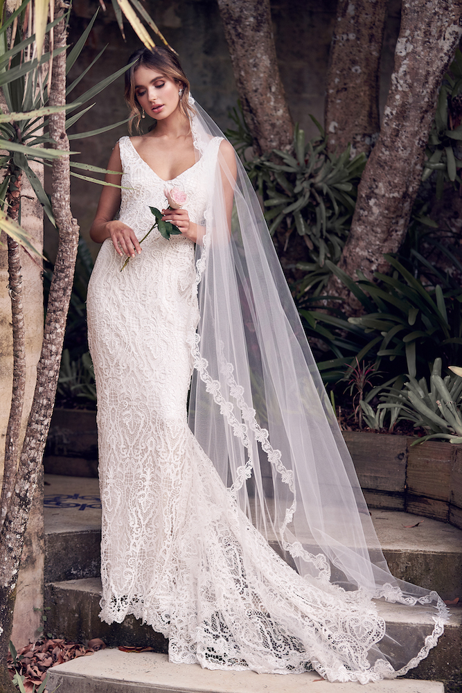 Kira wedding dress by Anna Campbell features on LOVE FIND CO.