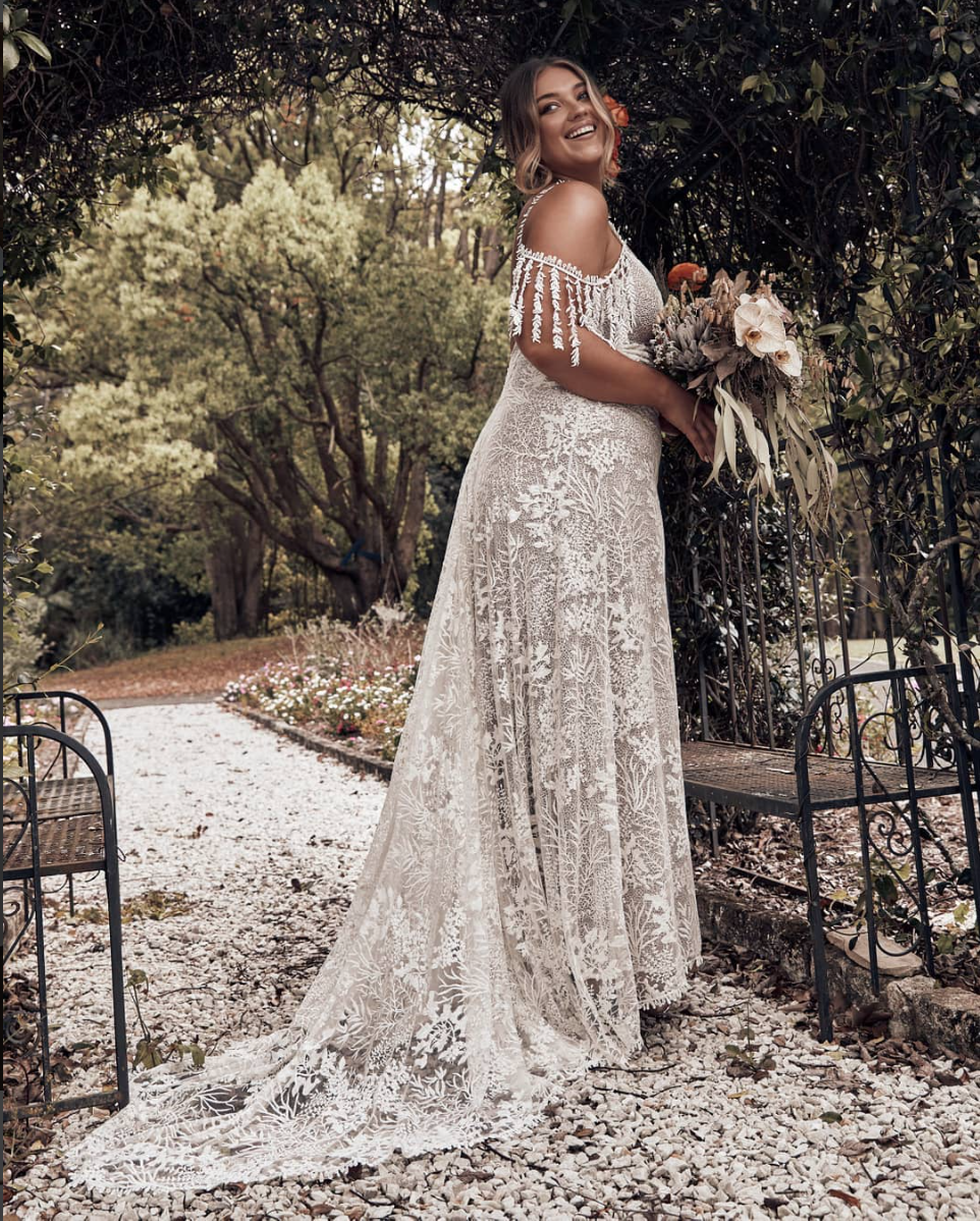 The SOL wedding dress for plus size brides by Grace Loves Lace featured on LOVE FIND CO.