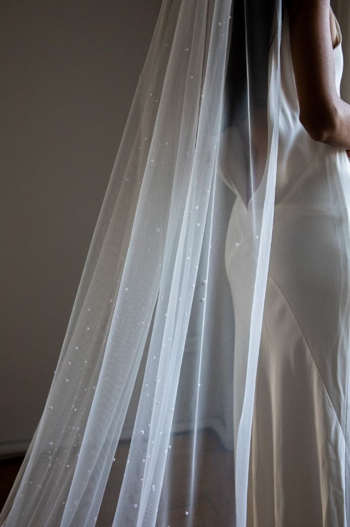 The Kennedy veil by Daphne Newman featured on LOVE FIND CO.