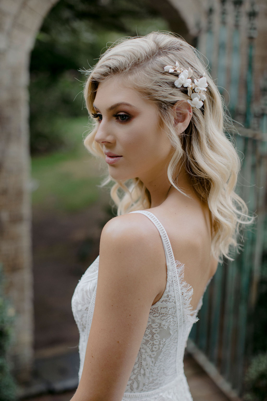 IRIS BRIDAL HAIR COMB by TANIA MARAS featured on LOVE FIND CO.