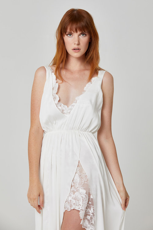 Australian Bridal Brand Ivie White - Banksia gown featured on LOVE FIND CO.