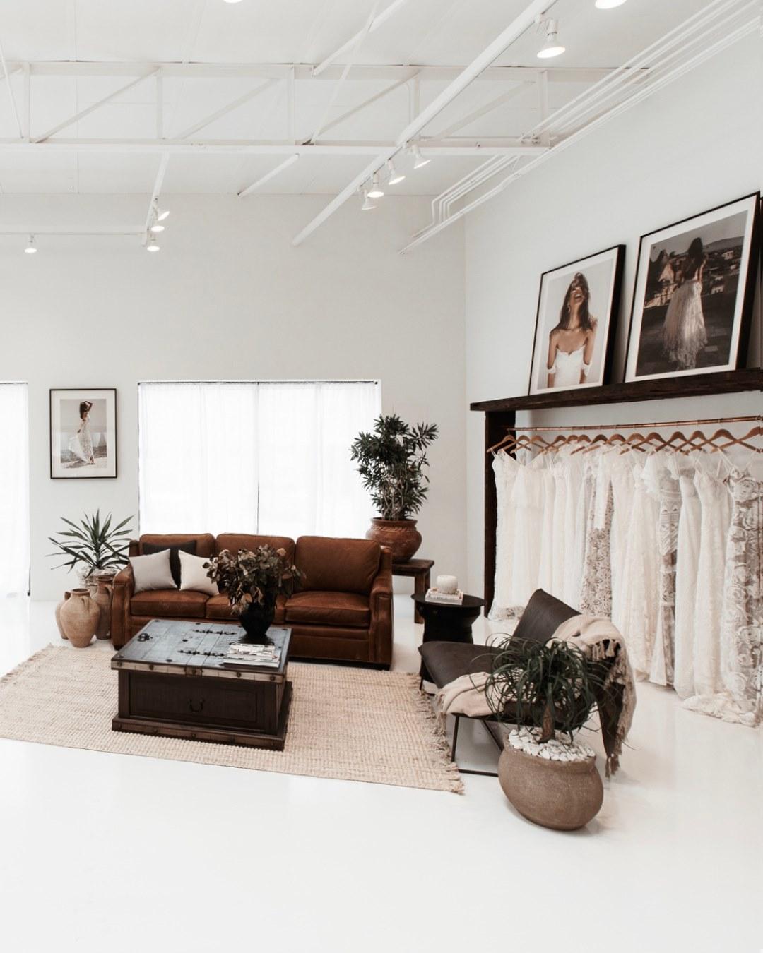 GRACE LOVES LACE Dallas Showroom - LOVE FIND CO.
