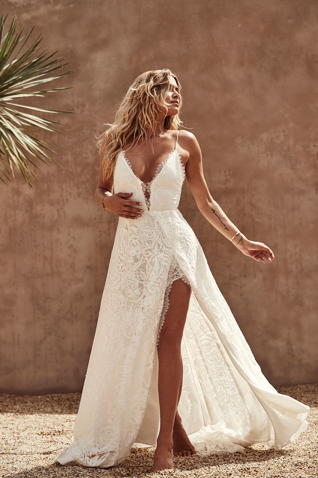 Darling wedding dress by GRACE LOVES LACE | LOVE FIND CO. Bridal dress directory