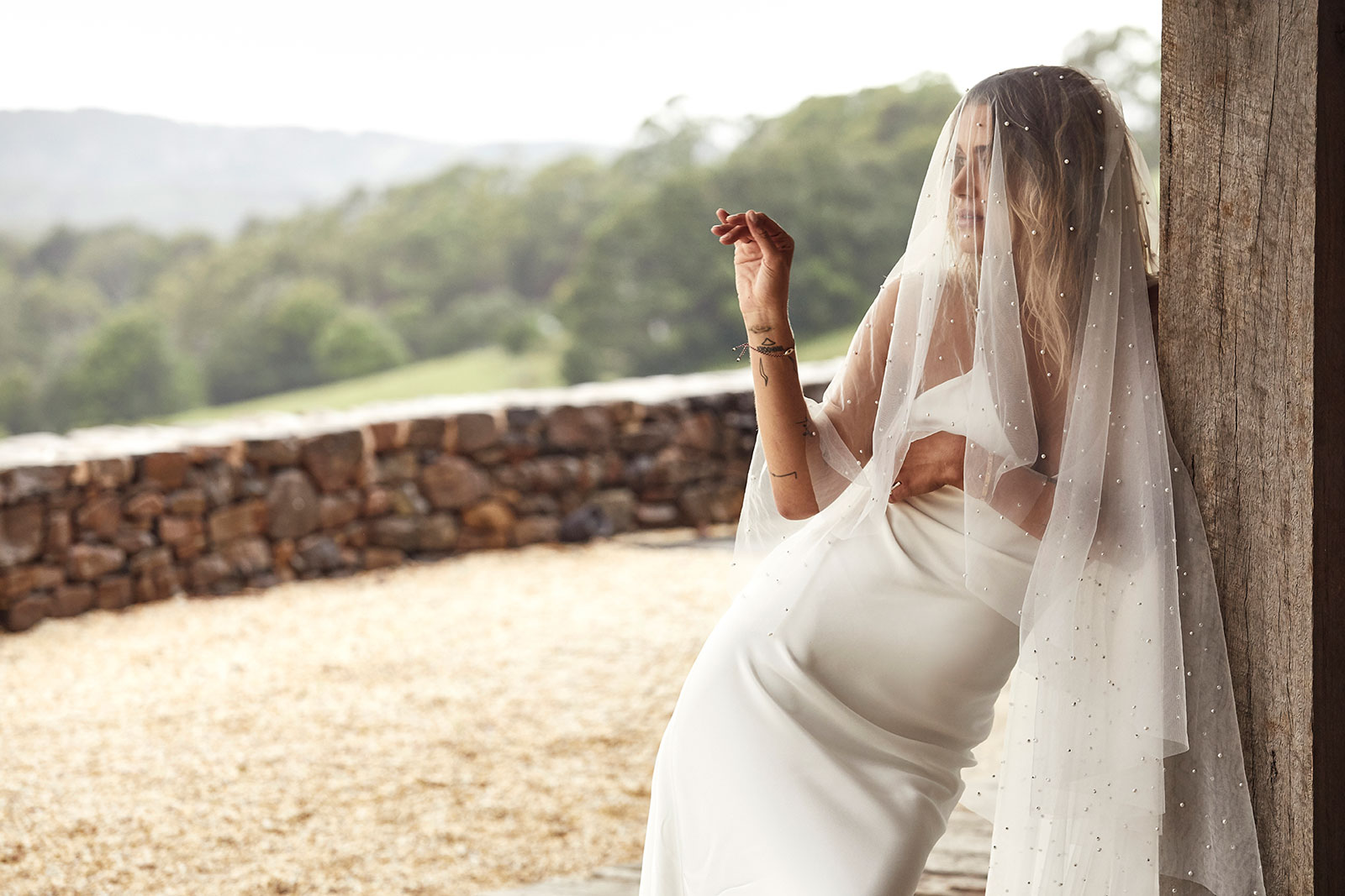 Summer gown and pearly veil by GRACE LOVES LACE | LOVE FIND CO. Bridal Directory