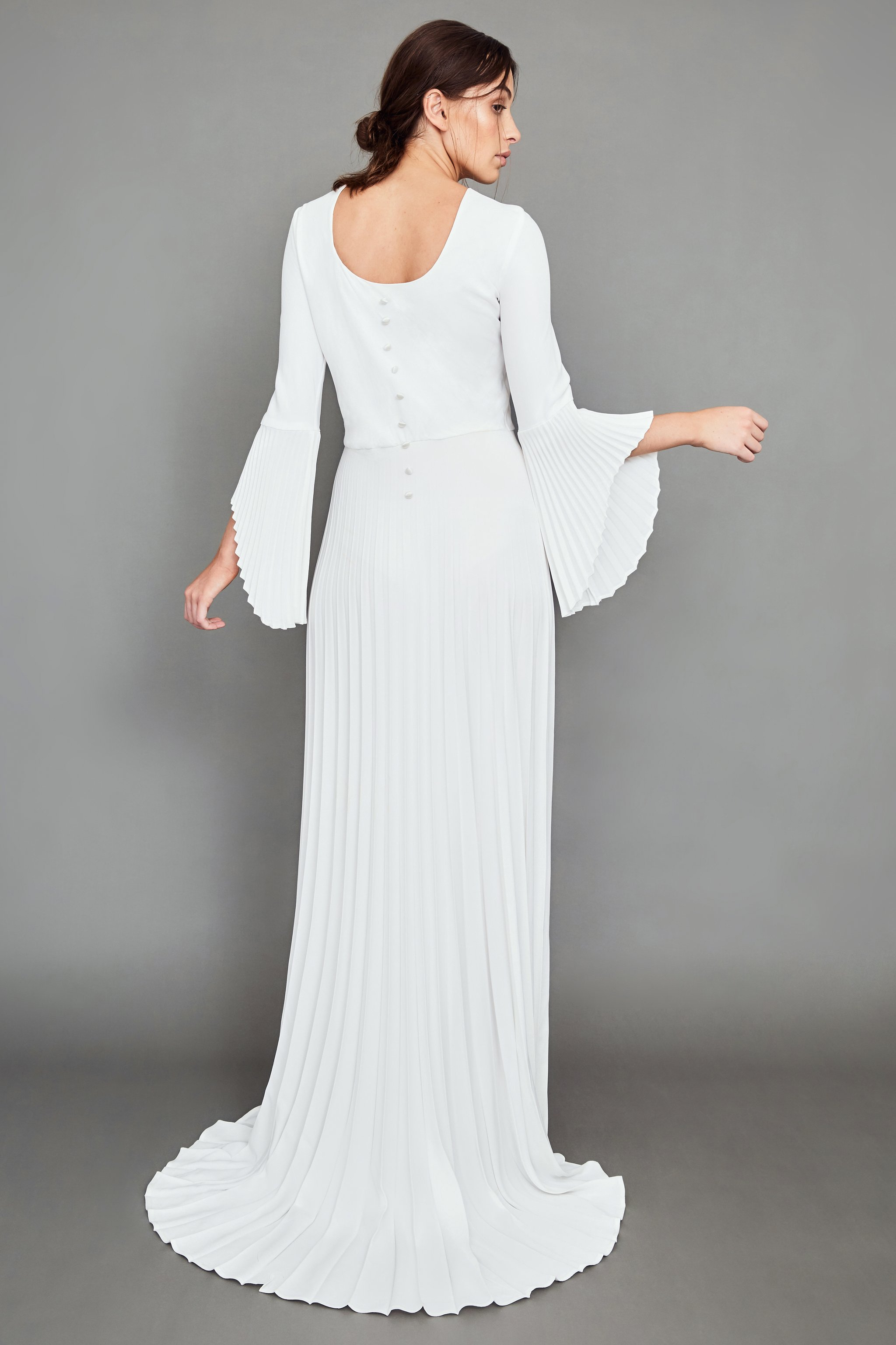 WHITE MEADOW BRIDAL Beautiful and Rare Pleated Dress | Wedding Dresses under $3,000 | LOVE FIND CO. Bridal Dress Directory
