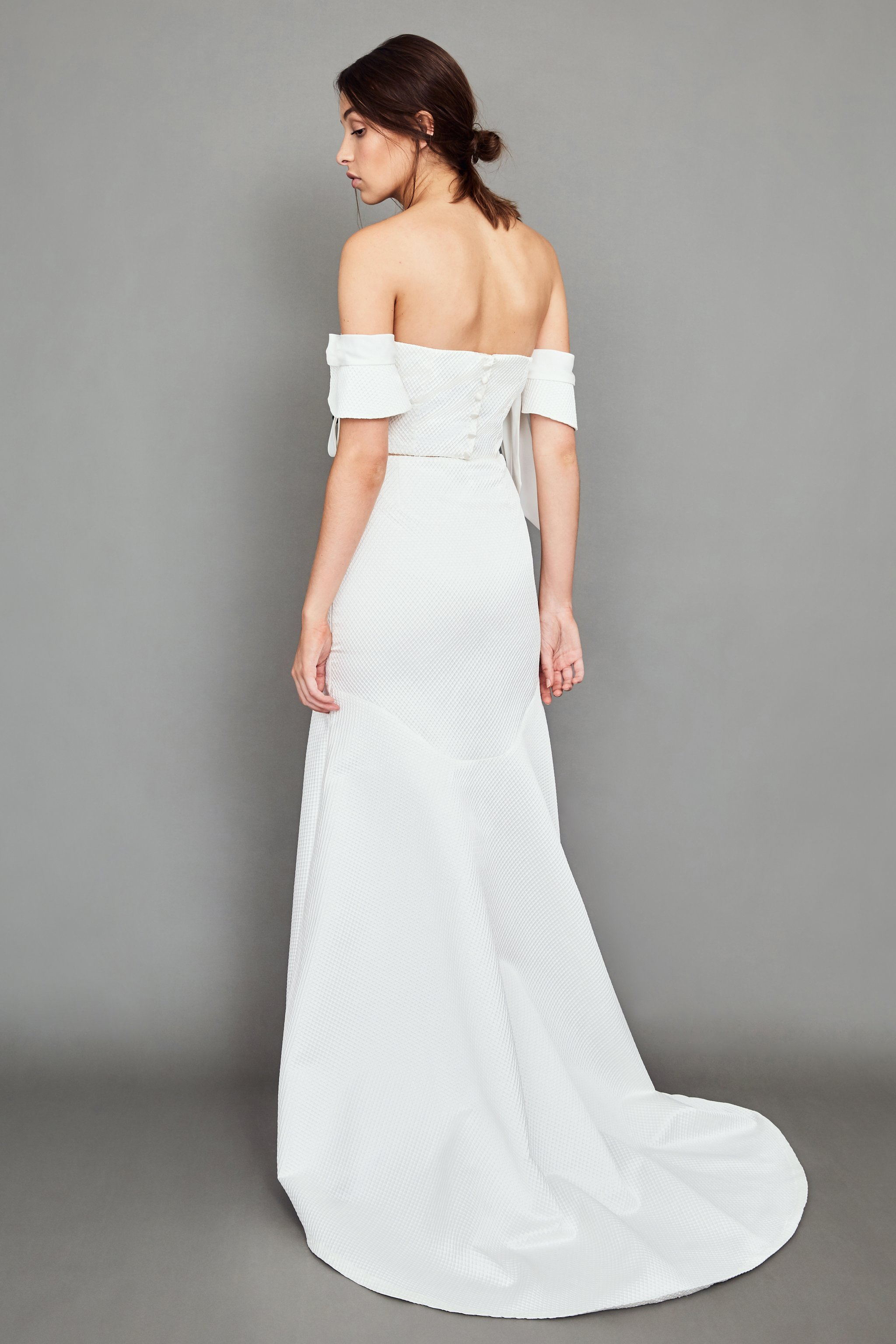 WHITE MEADOW BRIDAL Kindred Two Piece Wedding Dress | Wedding Dresses under $3,000 | LOVE FIND CO. Bridal Dress Directory