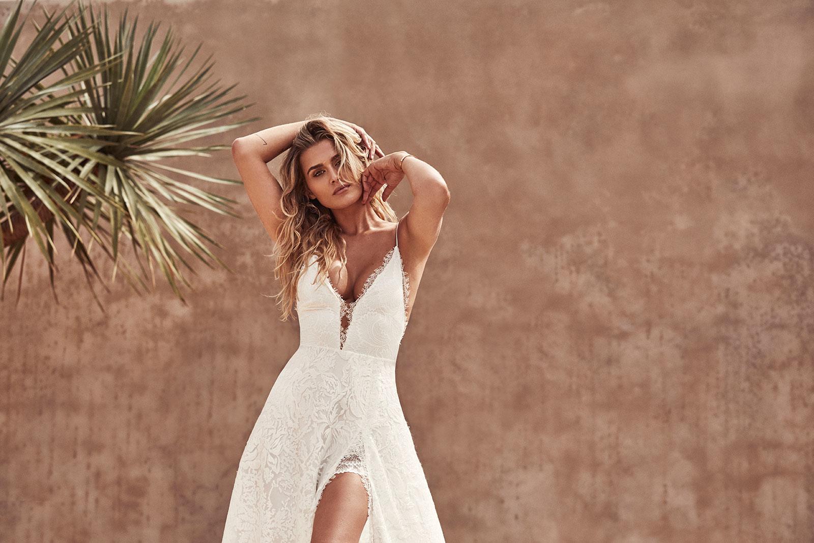 GRACE LOVES LACE Darling wedding dress | Wedding Dresses under $5,000 | LOVE FIND CO. Bridal Dress Directory