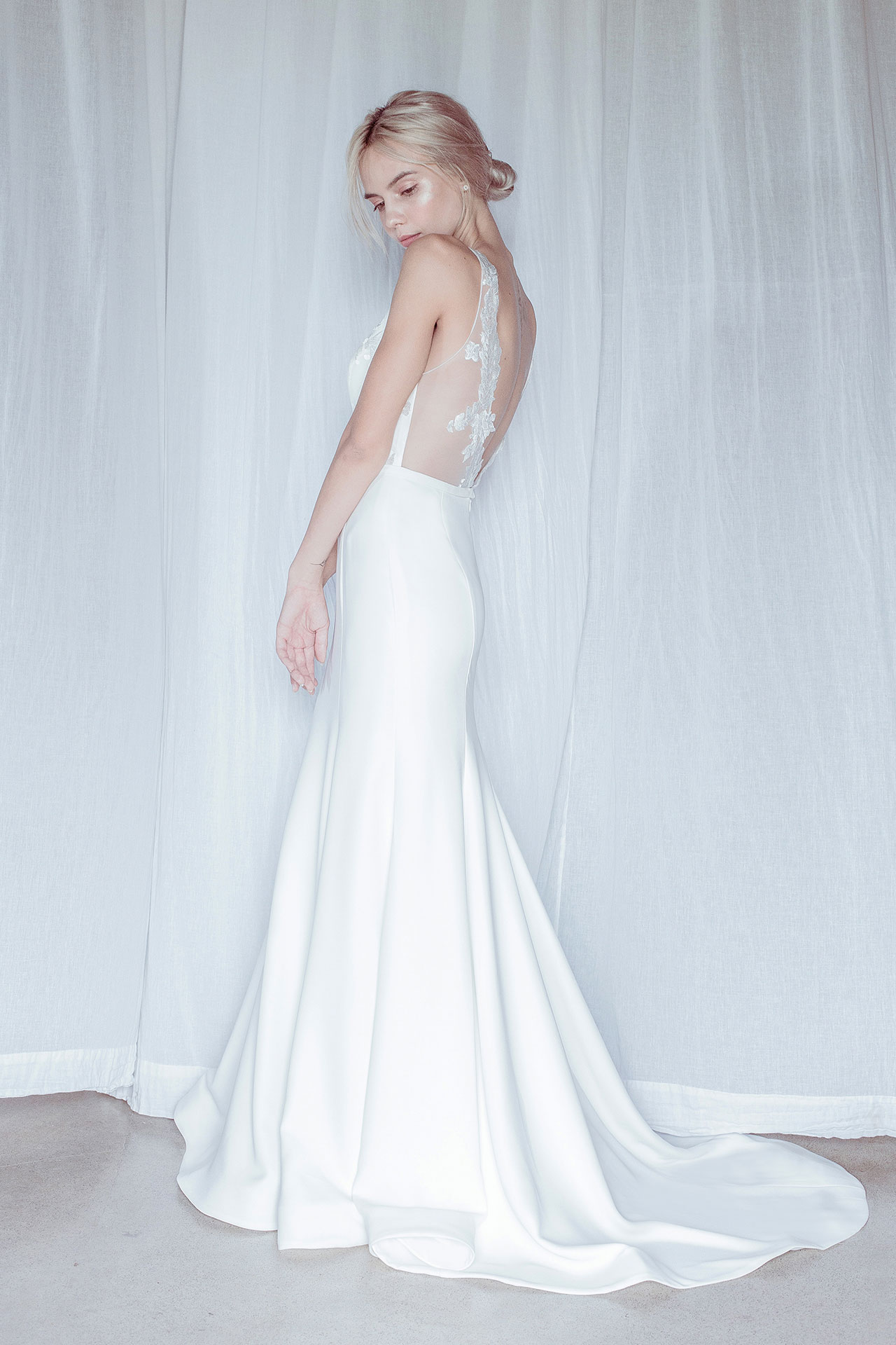 Oui The Label Hamilton Dress | Wedding Dress under $3,000 | LOVE FIND CO. Bridal Directory