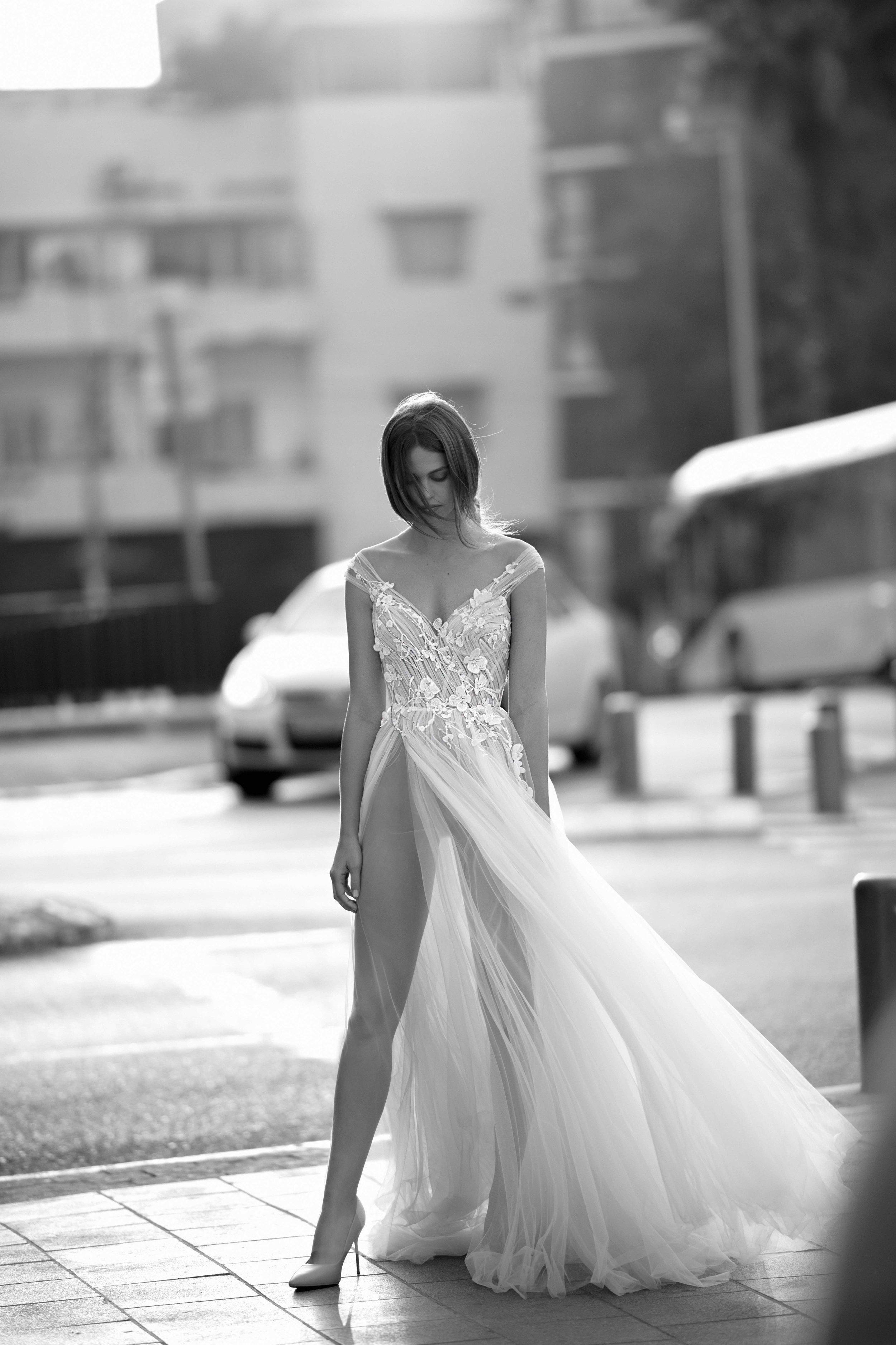 International Designer LIZ MARTINEZ on the LOVE FIND CO. Bridal Directory