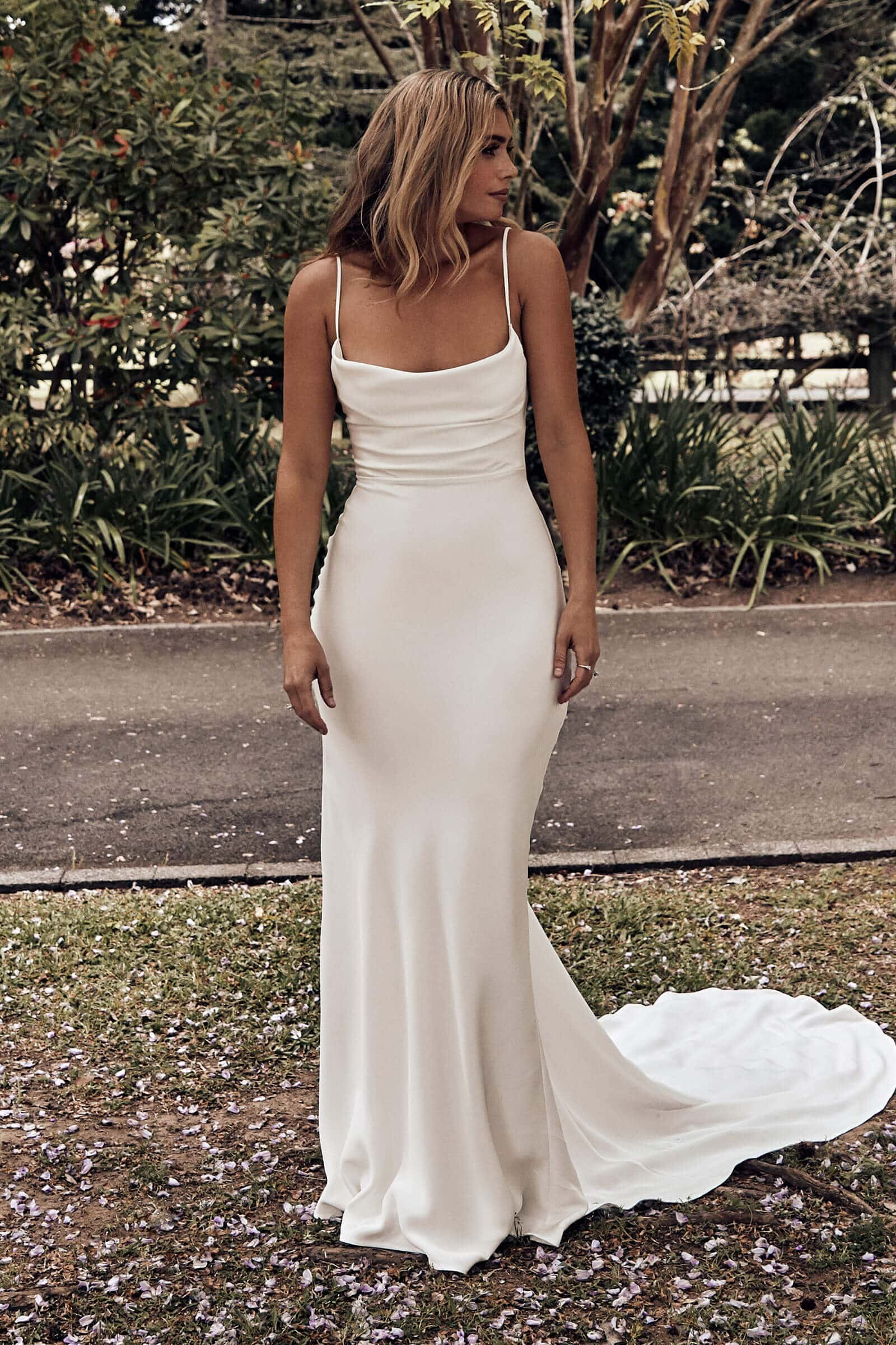 12 Chic Simple Wedding Dresses Love Find Co