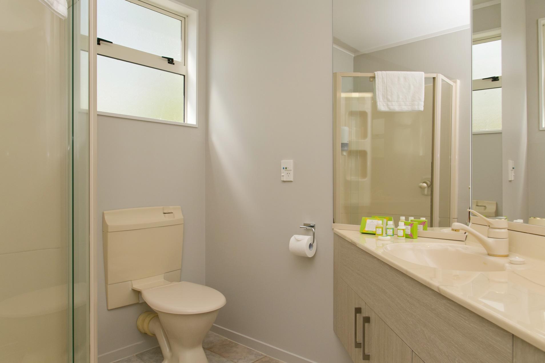 three bedroom bathroom 2.jpg