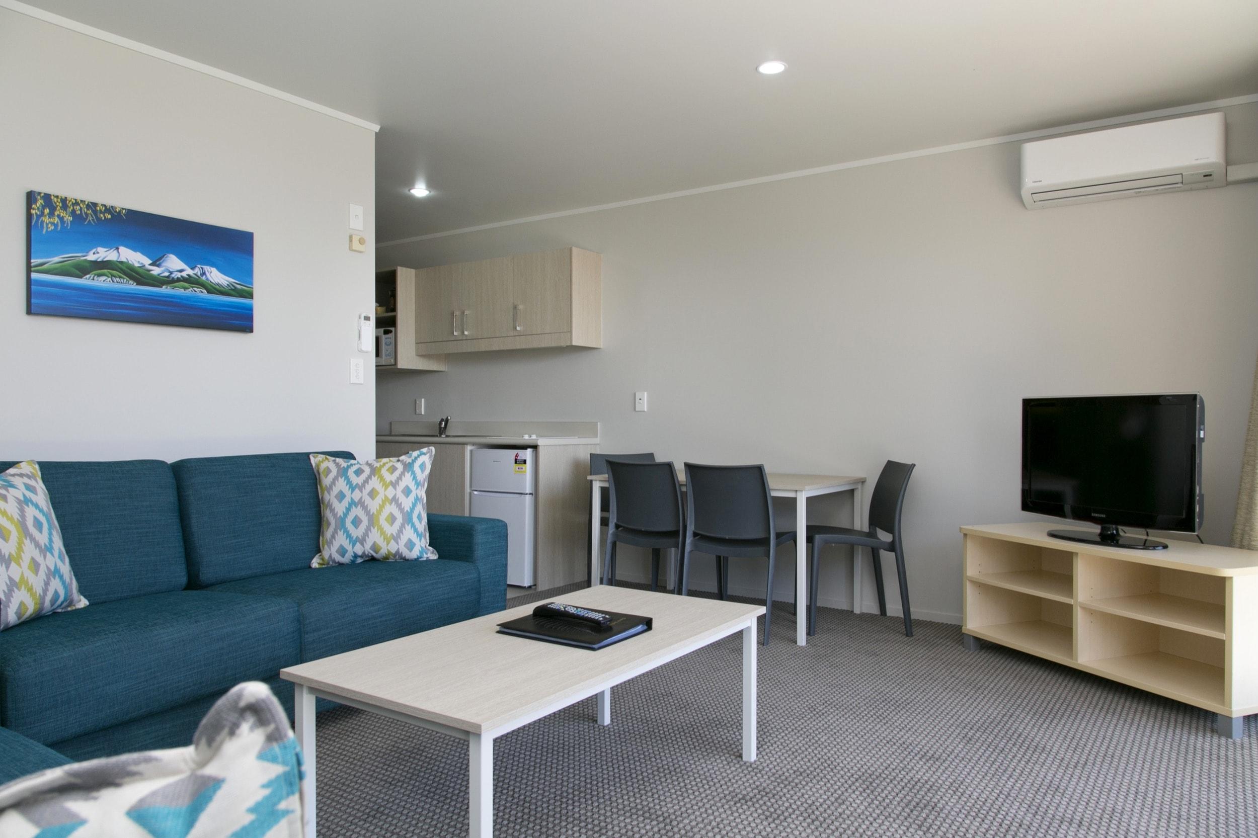 One bedroom living area-min.jpg