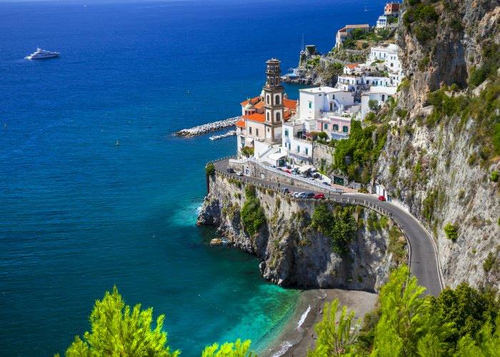Amalfi-coast-yacht-charter-scenery.jpg