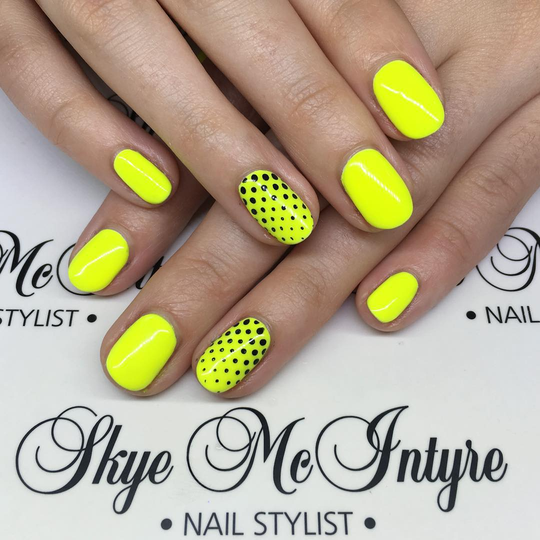 Hot in the city! Check out these gorgeous fluro nails by Skye McIntyre, Penrith's leading manicurist