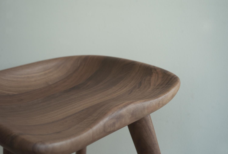 solid-walnut-tractor-stool_8193241199_o.jpg
