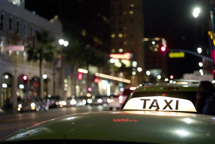 entourage-street-lights_6149384630_o.jpg