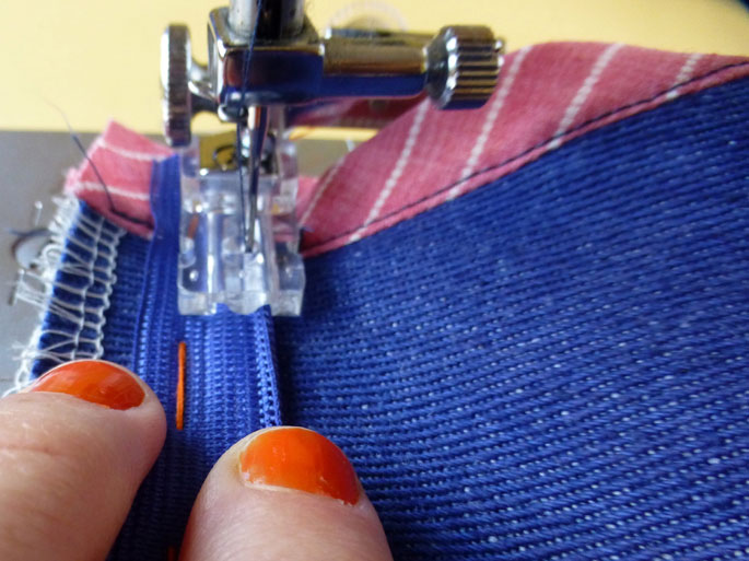 how_to_sew_an_invisible_zip_6