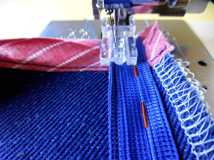 how_to_sew_an_invisible_zip_10