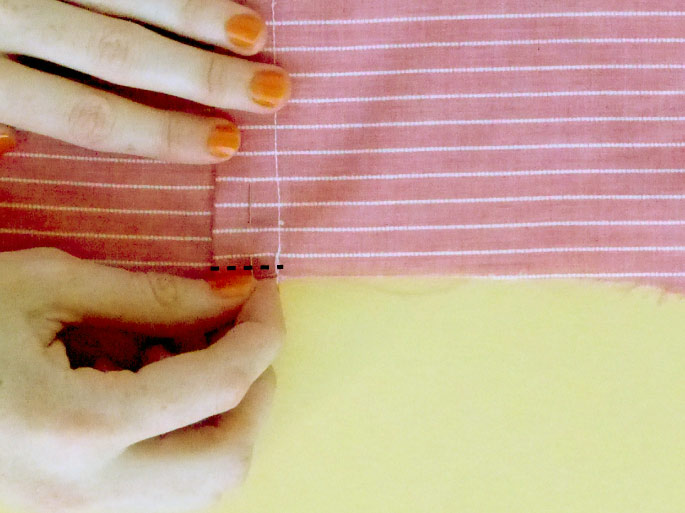 how_to_finish_neckline_bias_binding_11