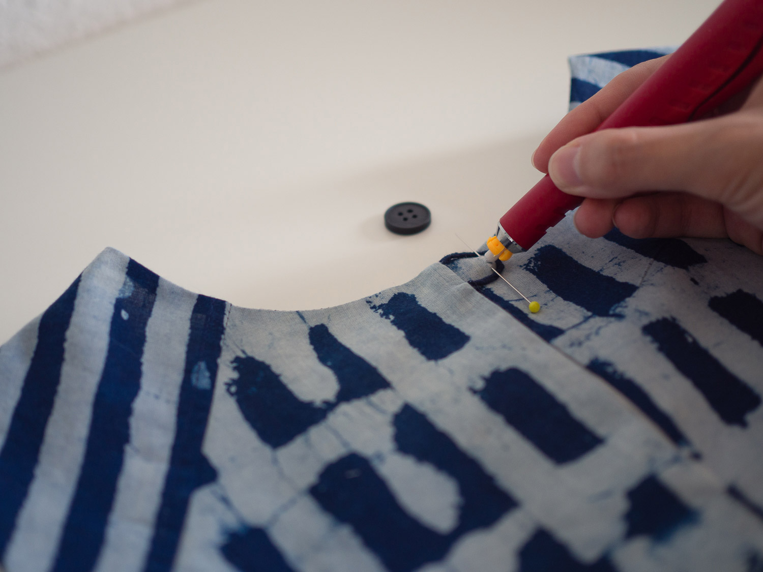 collins_sewing_button_4