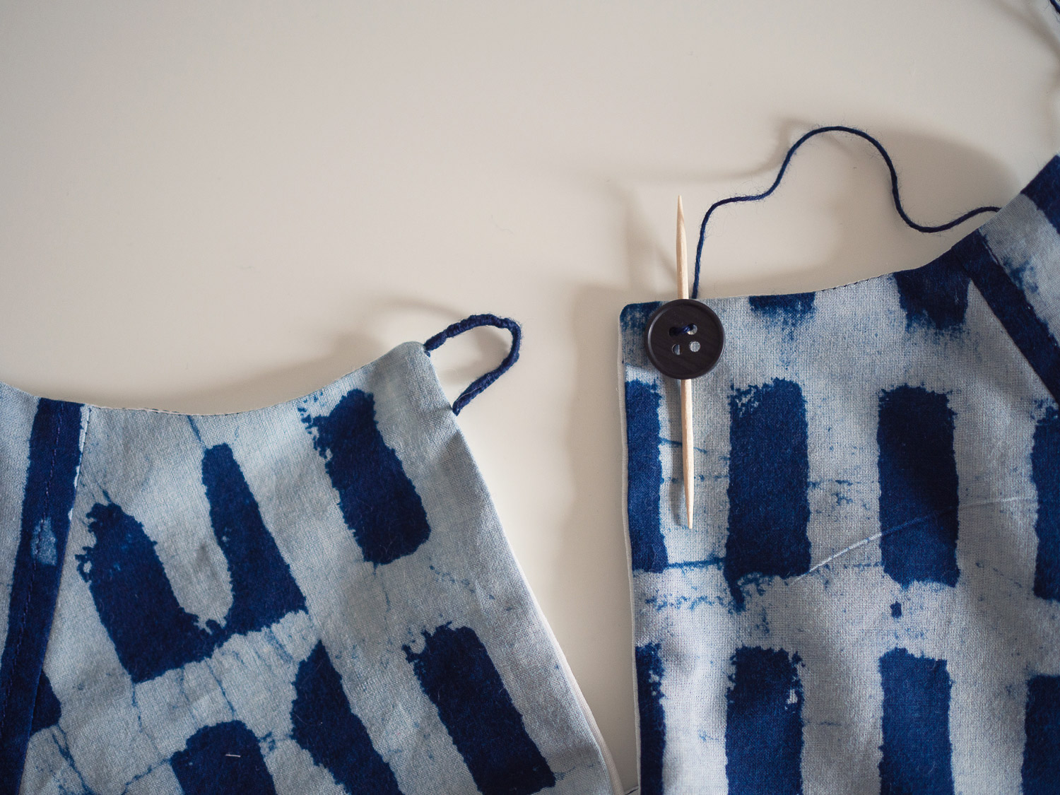 collins_sewing_button_5