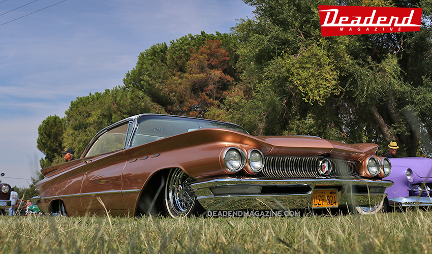 Beautiful '60 Buick.
