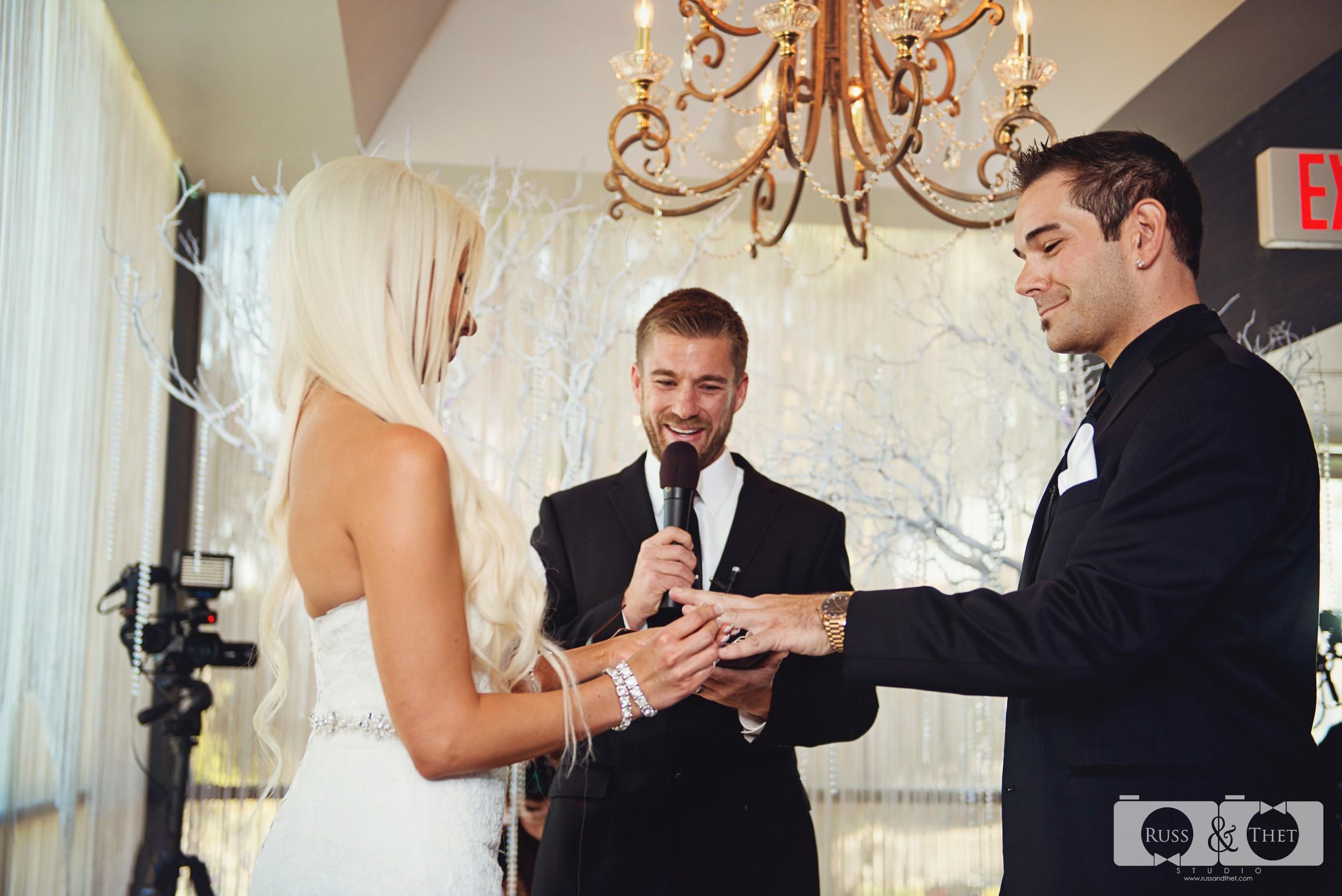 Jon&Kimee-The-Hills-Hotel-Wedding-Photographer (56).jpg