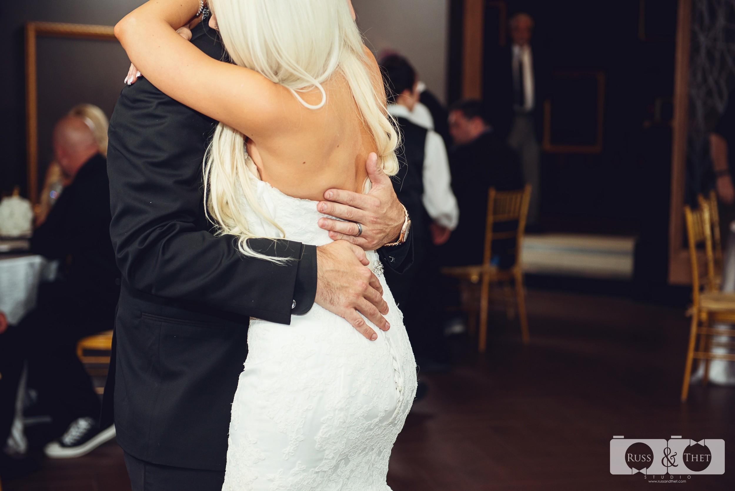 Jon&Kimee-The-Hills-Hotel-Wedding-Photographer (65).jpg
