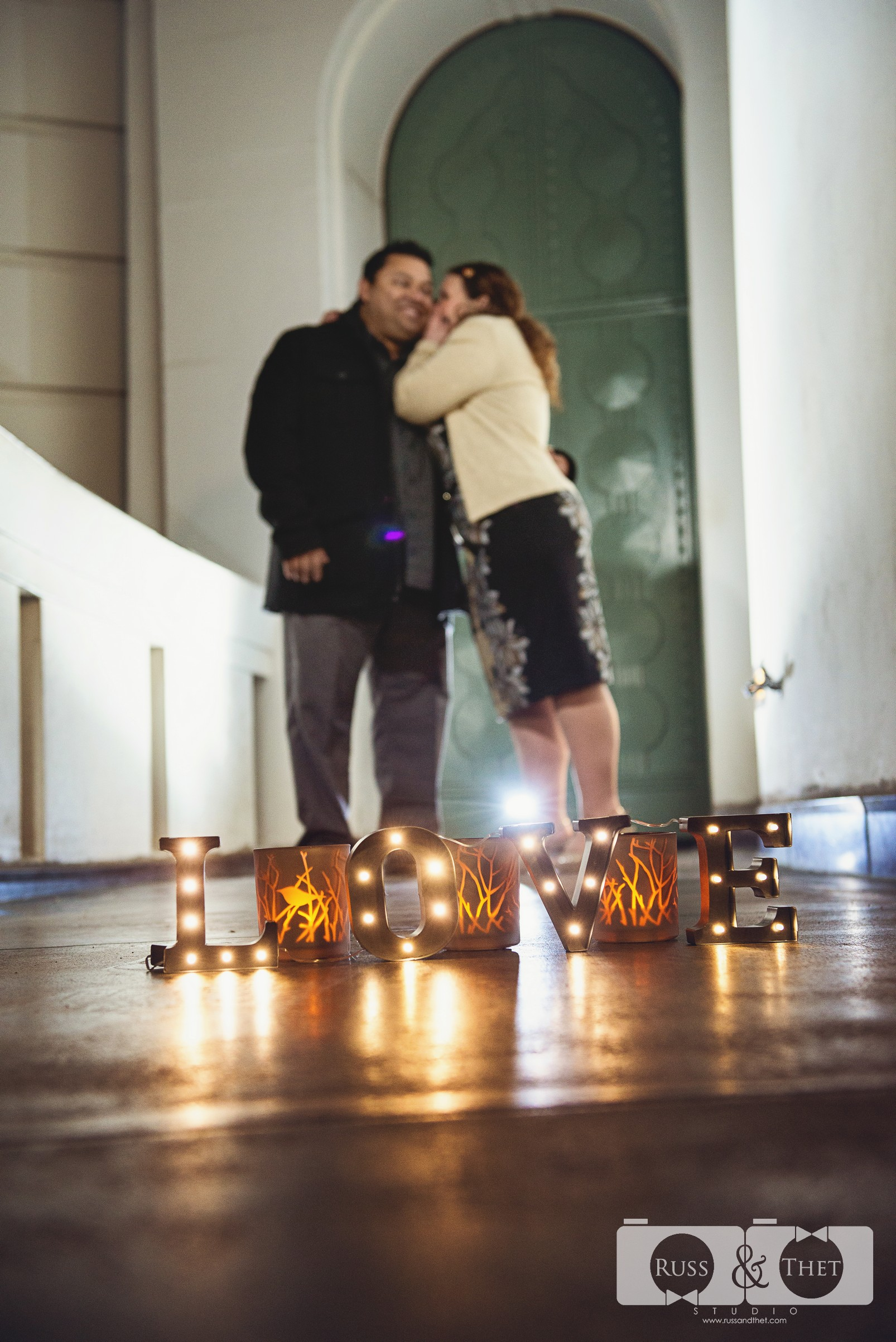 Hector&Vanessa-Griffith-Conservatory-Engagement-Photographer (4).jpg